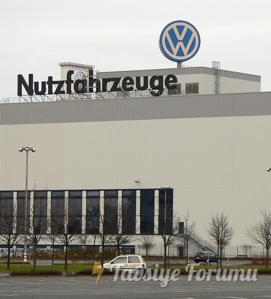 Volkswagen_Nutzf_Hannover.jpg